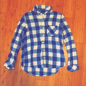 SO perfect shirt blue and white plaid size small